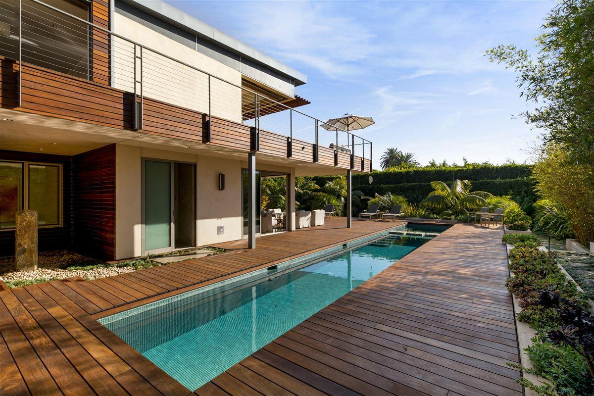 Luxury real estate Sleek and distinctive modern retreat