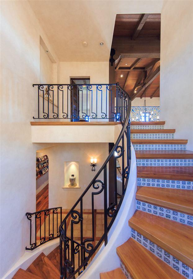 Luxury homes in Figueroa Farms