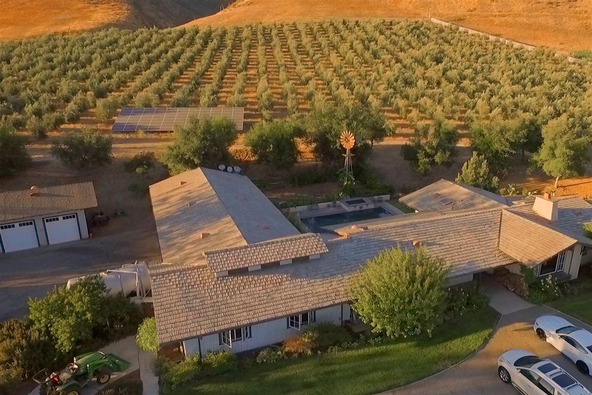 Figueroa Farms luxury properties