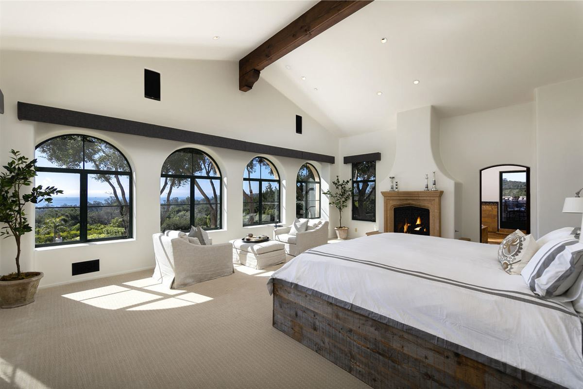 Luxury real estate La Manzanita Estate