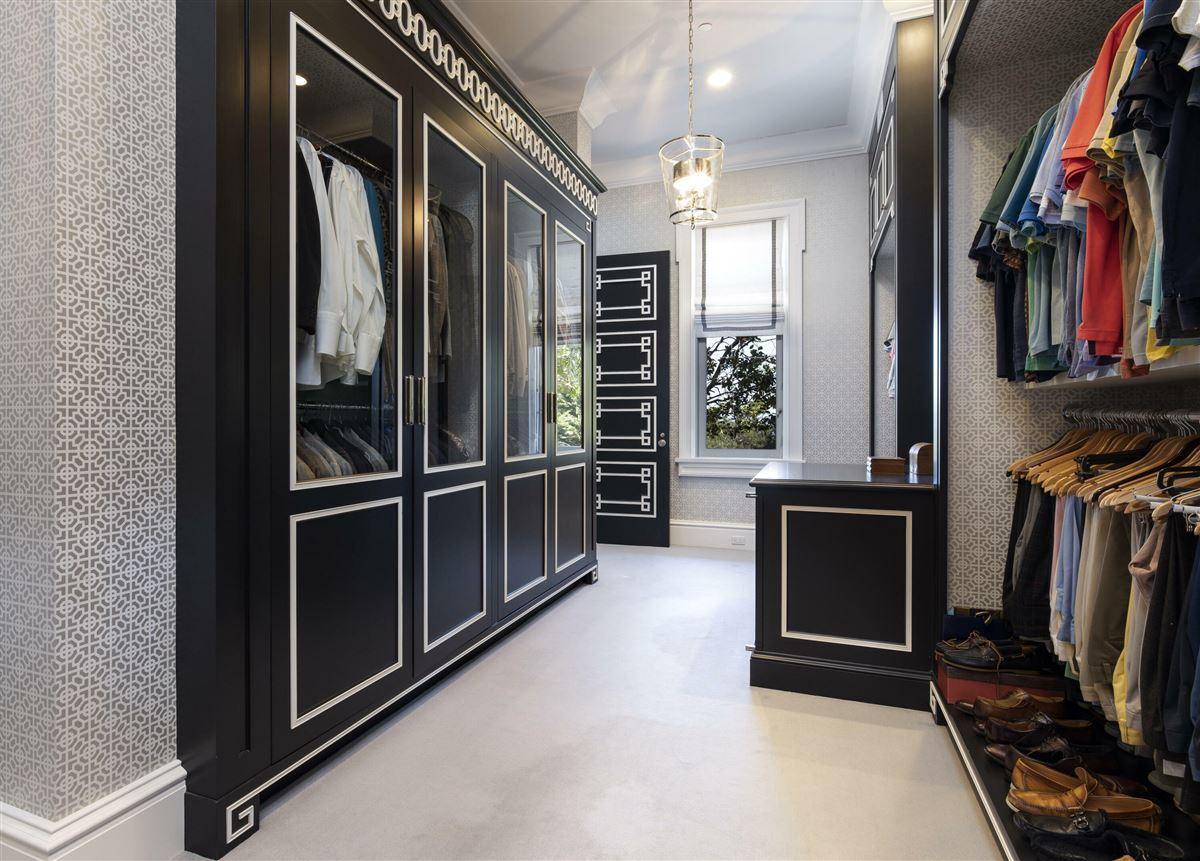 Luxury properties Mira Vista