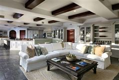 Luxury properties remarkable and rare Riviera jewel