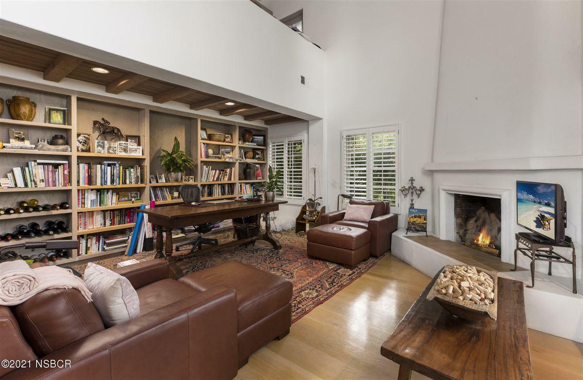 Luxury homes in Rancho Cielo - serene luxury on 20 acres