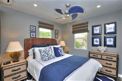 Mansions in delightful two-bedroom cottage