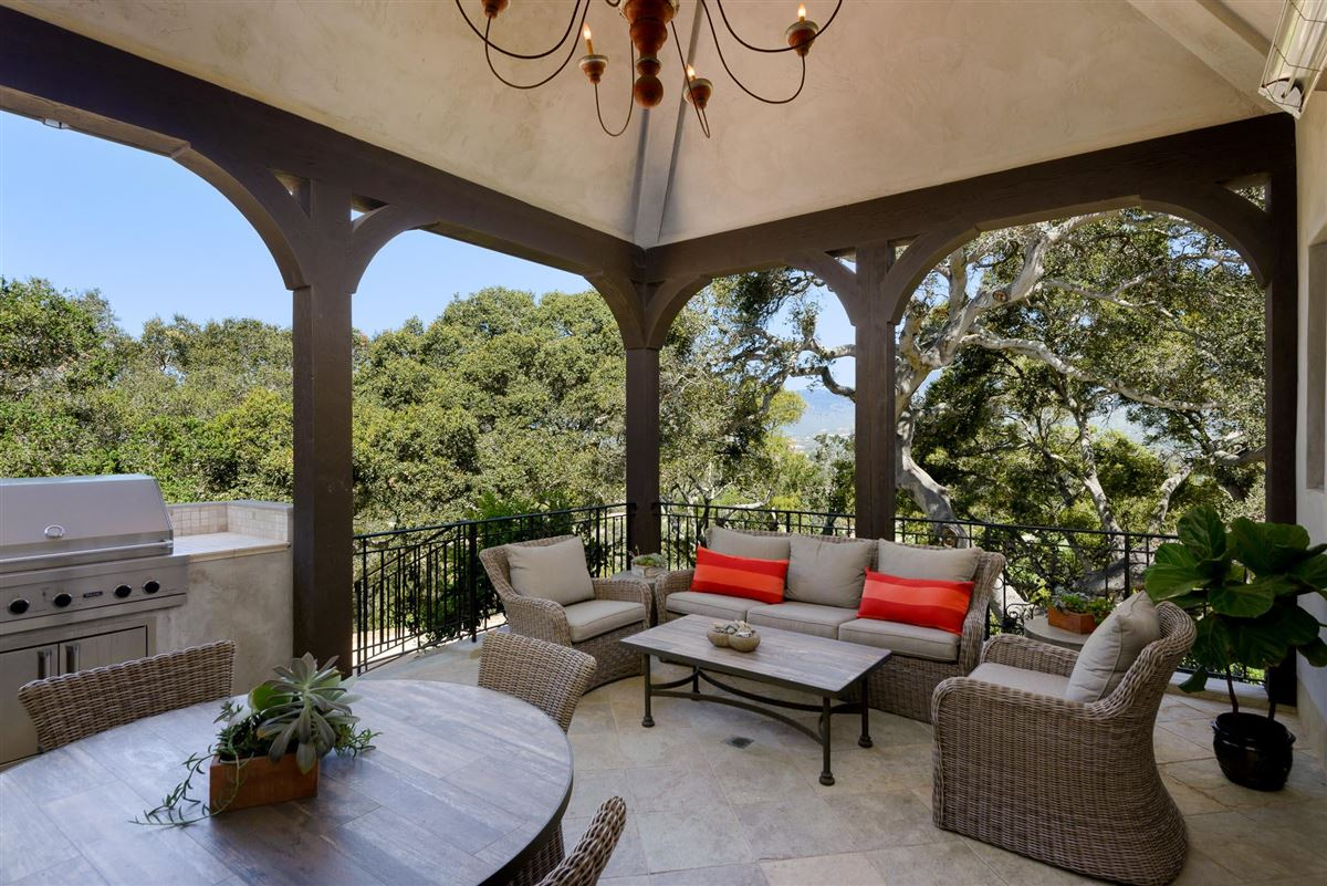 oak hill luxury real estate