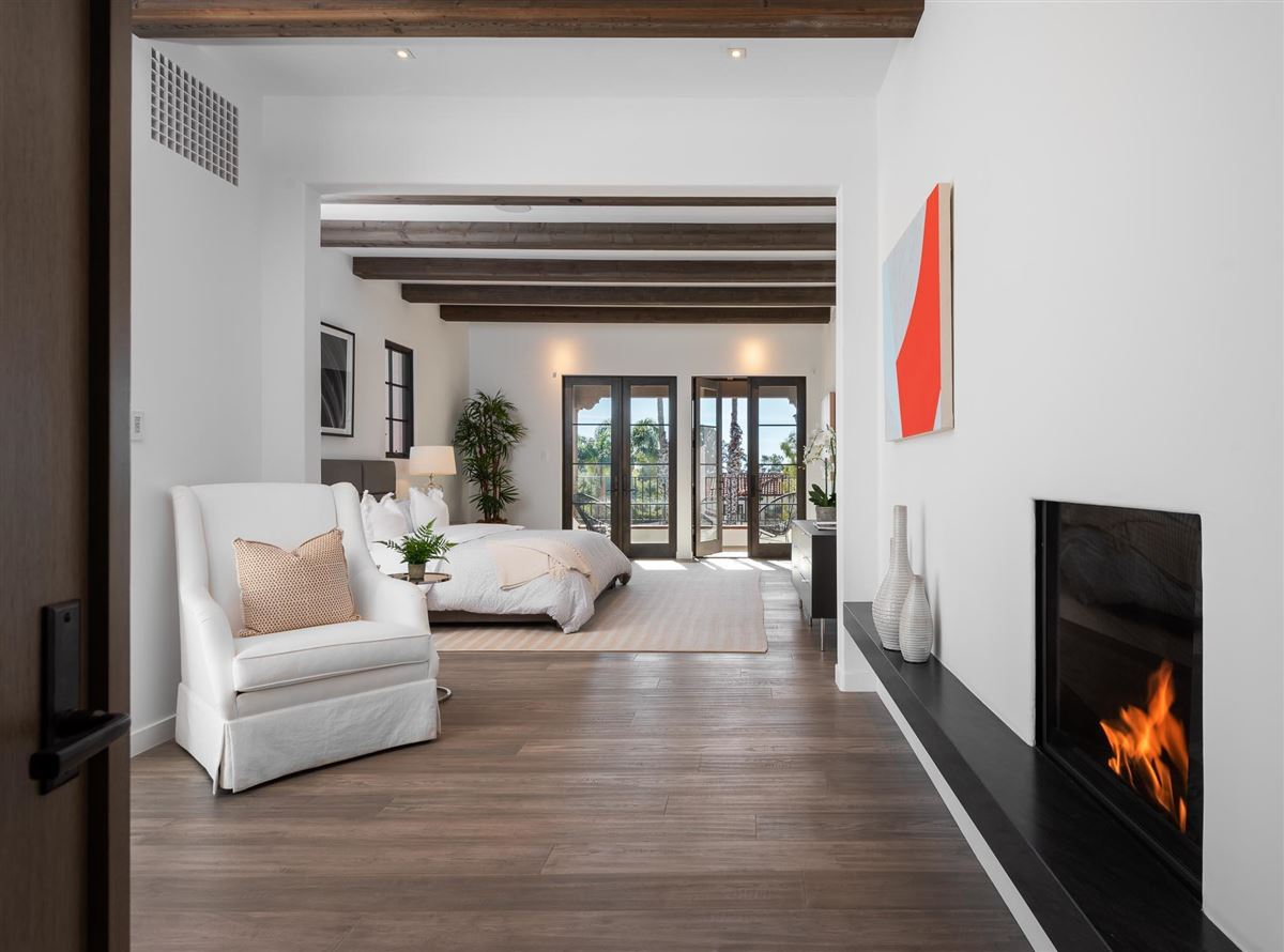 Luxury homes in TWO-STORY PENTHOUSE in THE VILLAS AT OLIVE MILL