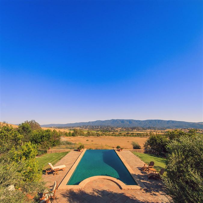 Figueroa Farms luxury properties