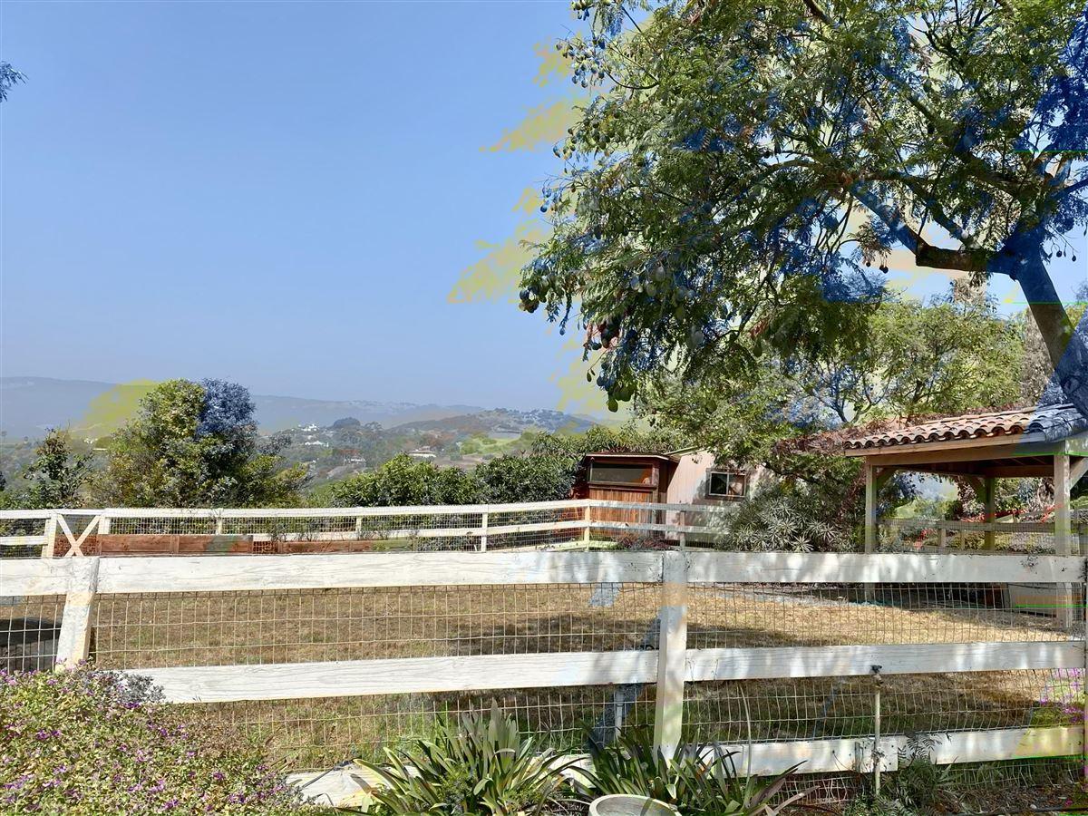 Rancho Vista de la Playa luxury real estate