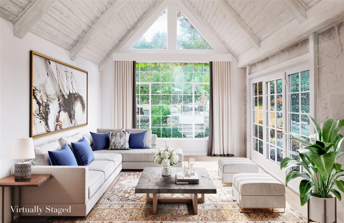 Mansions in Beautiful home offers a peaceful oasis