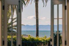 Luxury properties the best of the beach