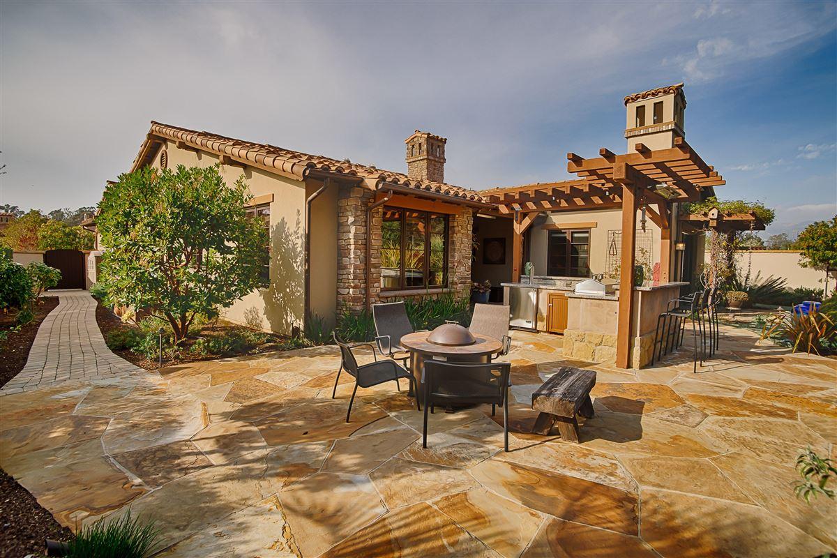 Luxury homes in Tuscan-style single level in an idyllic beachside setting