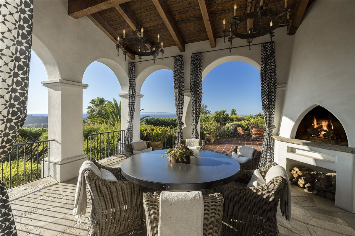 Luxury homes gorgeous estate with Incredible ocean views
