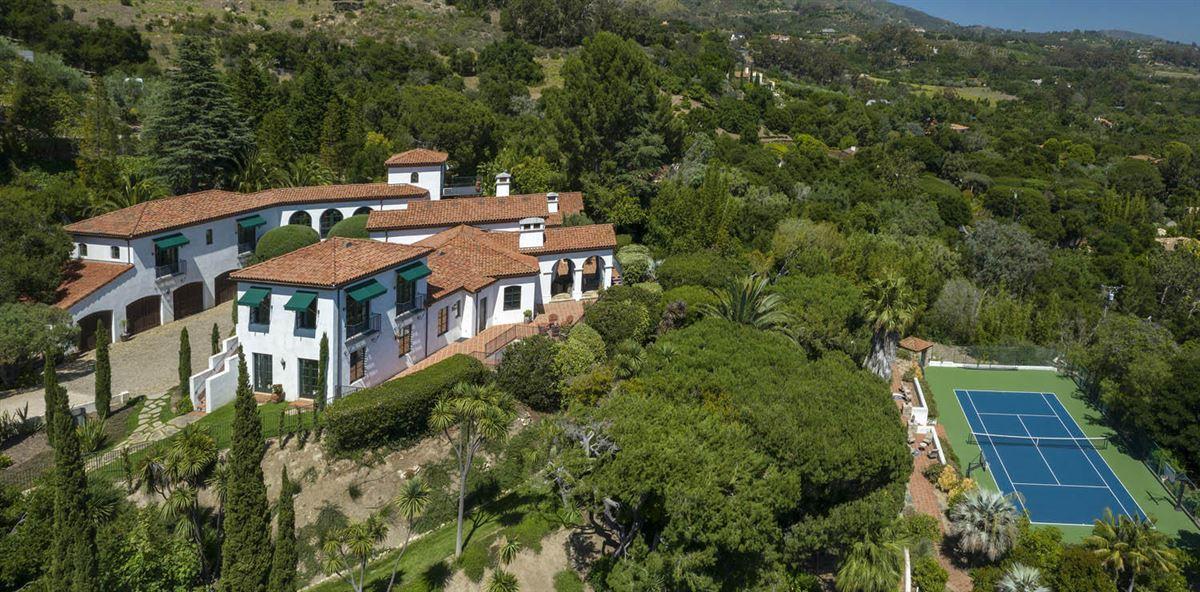 gorgeous estate with Incredible ocean views luxury properties