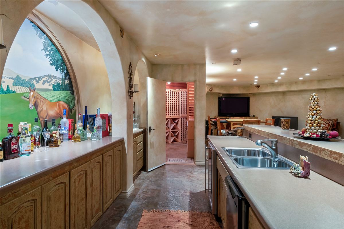 Magnificent Modern Ranch Property luxury properties