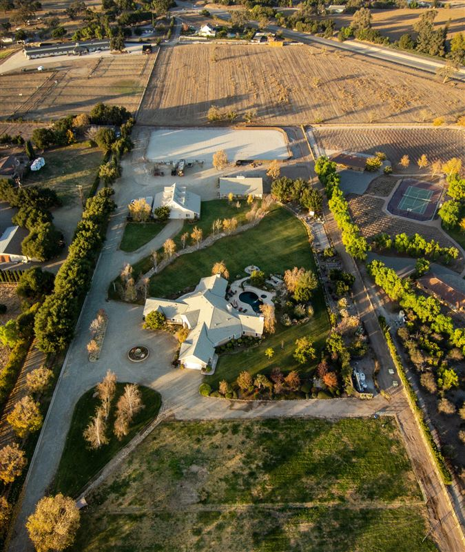 Luxury properties Magnificent Modern Ranch Property