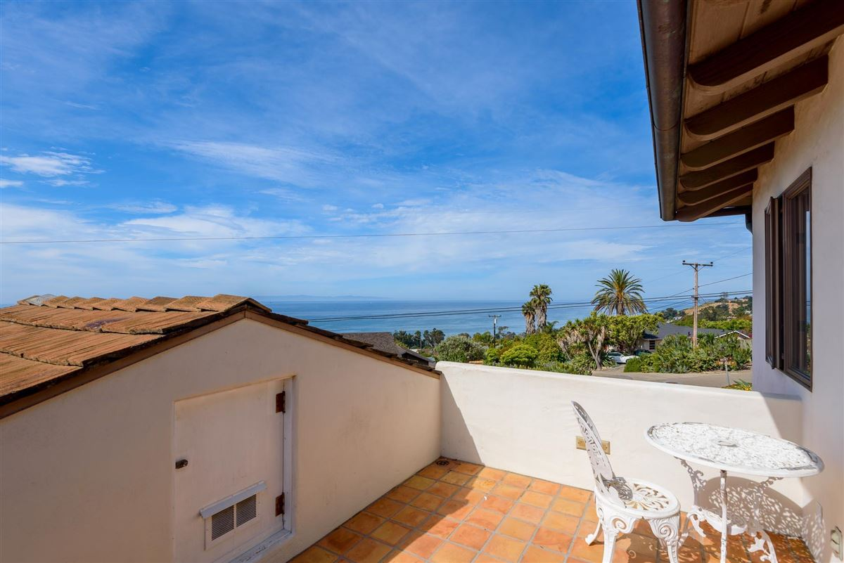 Monterey Colonial home luxury properties