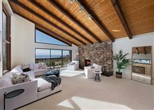 Mansions in incredible site with sweeping views