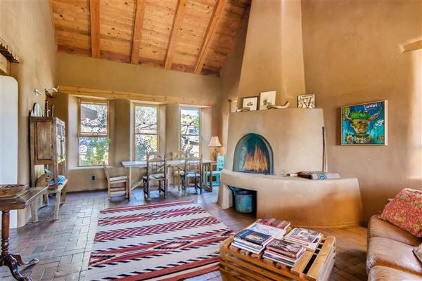 Luxury real estate unique opportunity in Galisteo