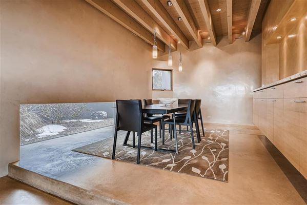 Exquisite contemporary home luxury properties
