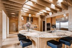 Luxury properties Exquisite contemporary home