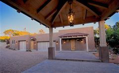 jaw-dropping Santa Fe hacienda and casita luxury properties