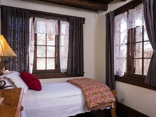 Mansions in authentic Santa Fe