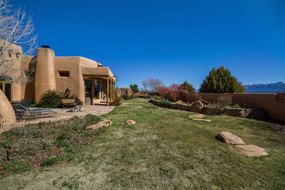 huge acreage with sparkling views luxury properties