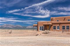 Welcome to Cross Ranch luxury properties