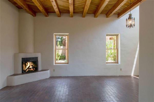 Casa Corazon mansions