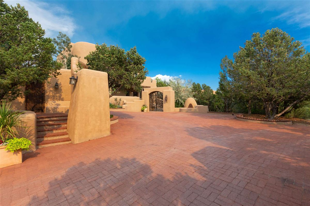 Luxury homes in astoundingly beautiful gated santa fe estate