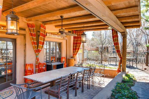 Luxury real estate highly desirable Plaza Chamisal