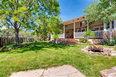 Mansions gracious five-plus acre retreat