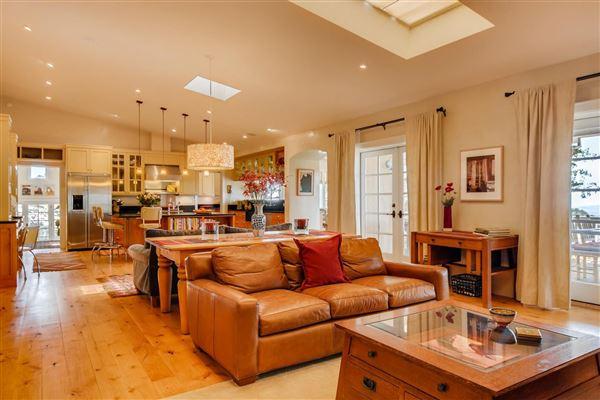 Luxury properties gracious five-plus acre retreat