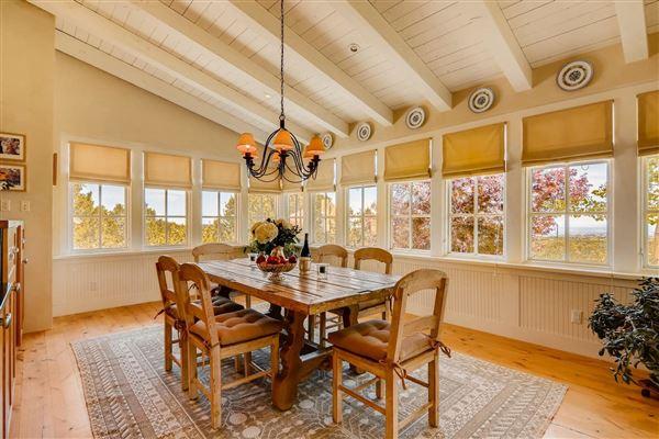 Luxury homes in gracious five-plus acre retreat