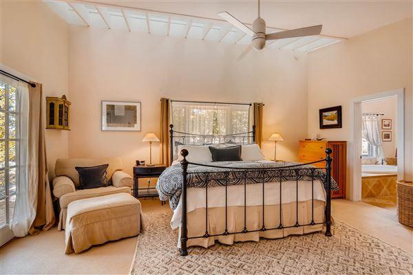 Mansions in gracious five-plus acre retreat