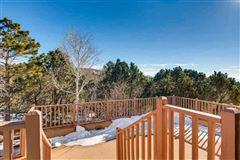 Luxury homes in beautiful Santa Fe home