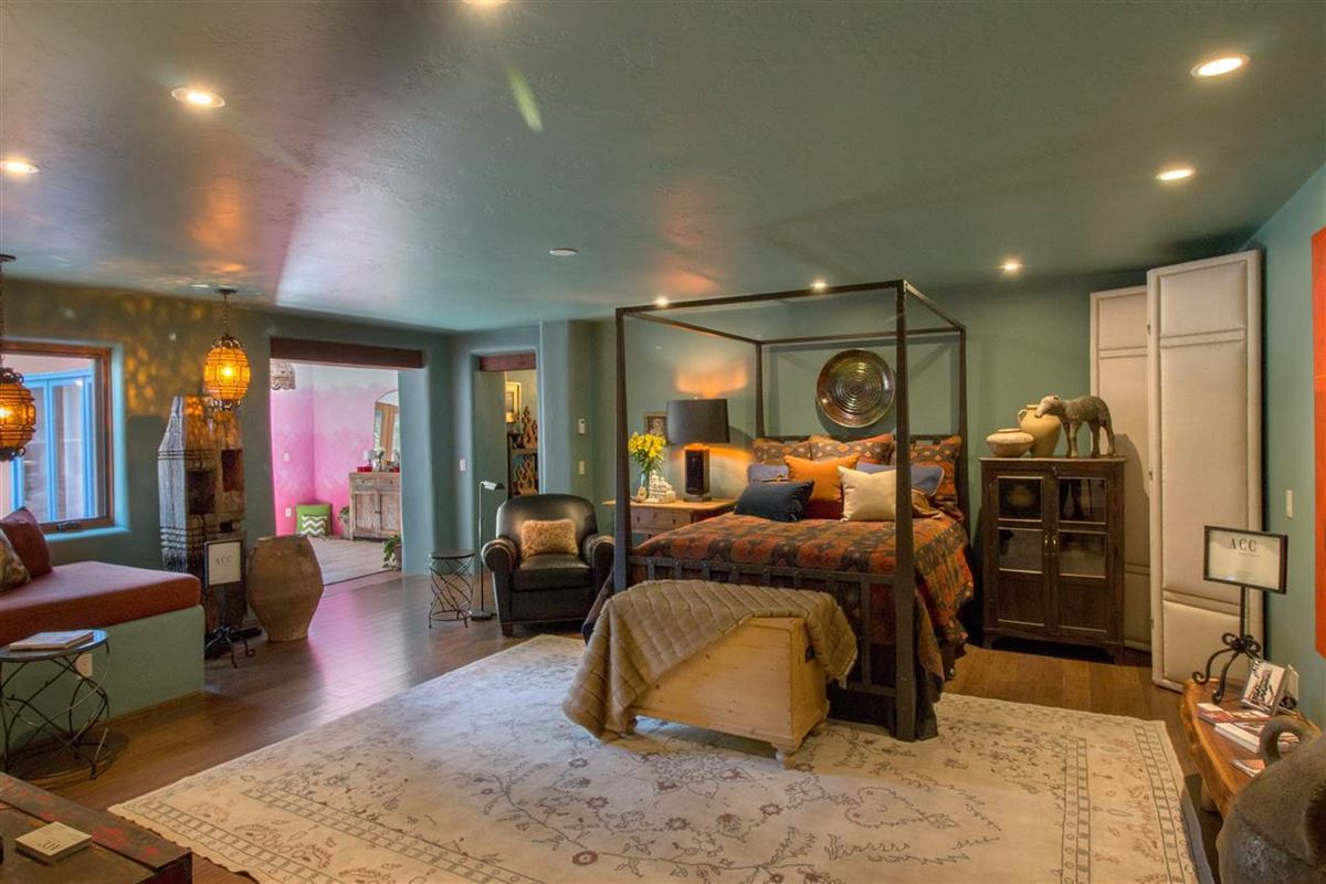 Luxury homes in a sleepy Eastside lane in santa fe