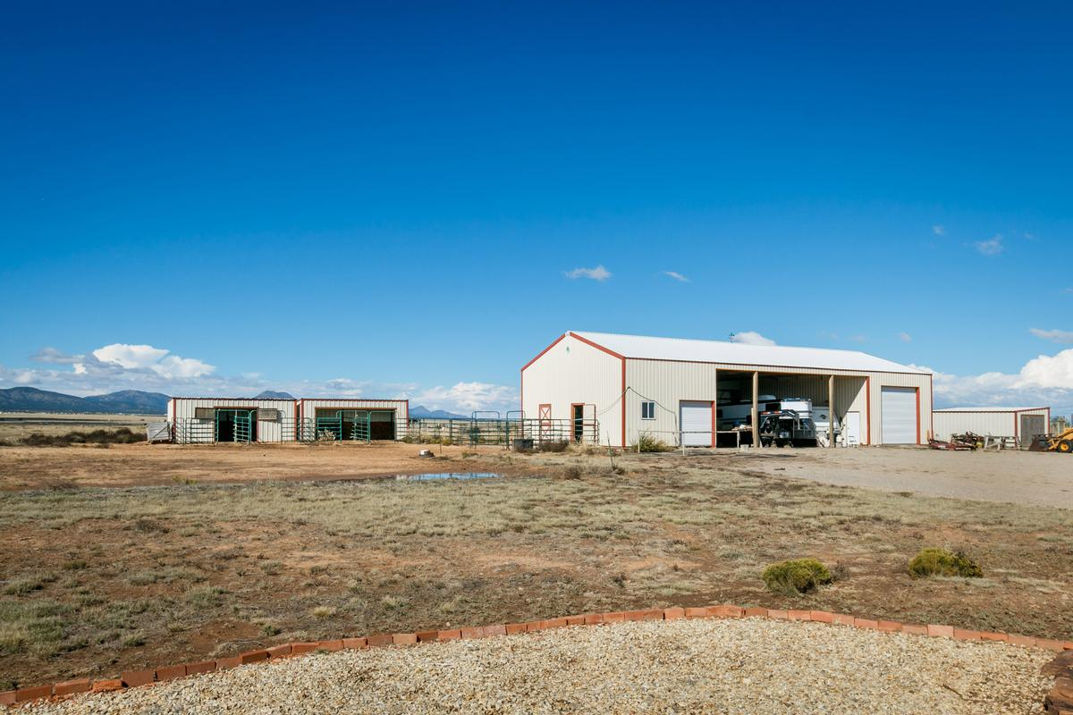 Luxury ranch with magnificent mountain views luxury properties