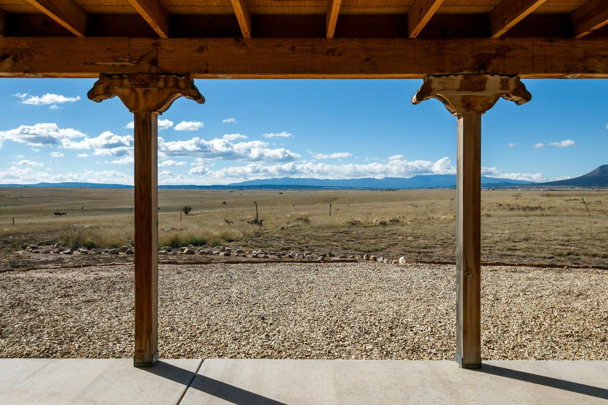 Mansions Luxury ranch with magnificent mountain views