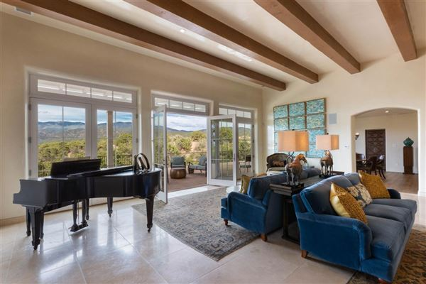 Circle Drive Compound luxury homes