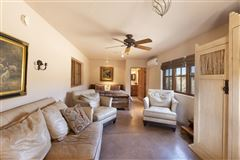 Luxury homes 12.8 view filled acres