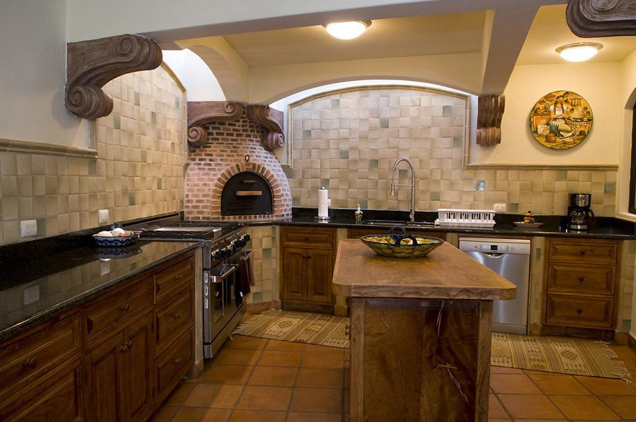 CASA FLEUR DE LIS luxury homes