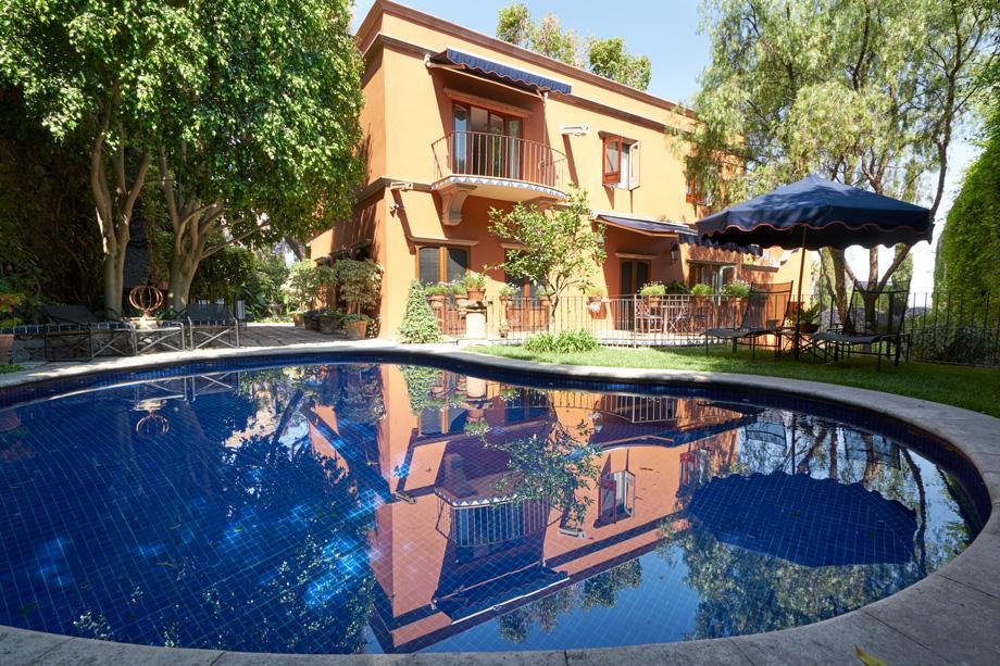 CASA BAEZA luxury properties