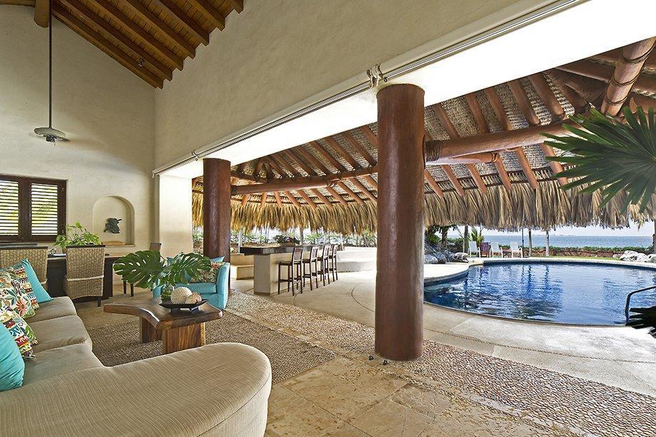 Shell Ryn luxury properties