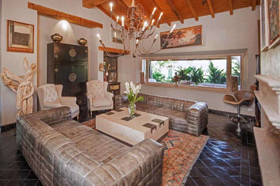 Luxury homes CASA LA LOMA