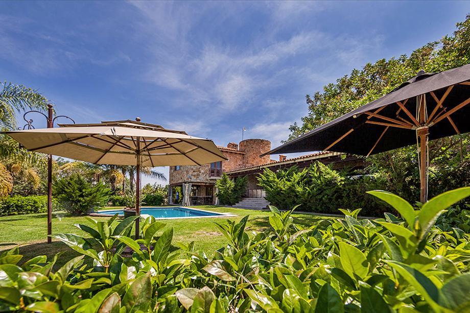 CASA LA LOMA luxury real estate