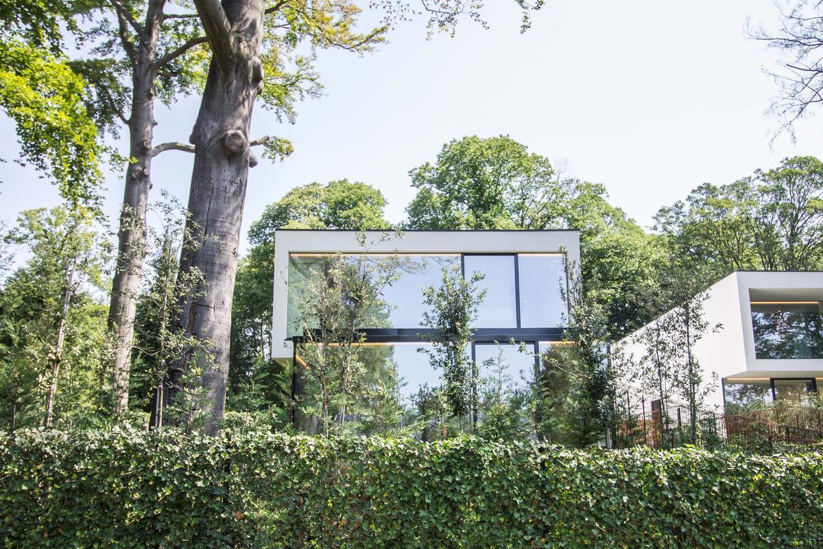 Exceptional contemporary villa luxury real estate