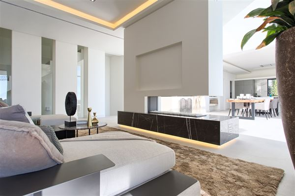 Luxury real estate Newly built contemporary quality villa