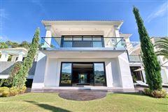 Luxury properties Contemporary quality villa in La Zagaleta