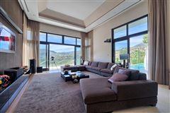 Luxury homes Contemporary quality villa in La Zagaleta